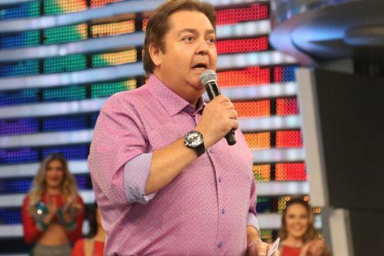Senil ! :-O Gafe! Faustão manda recado para Ariano Suassuna, escritor falecido em 2014 - Celebridades e Famosos - Yahoo Celebridades Brasil