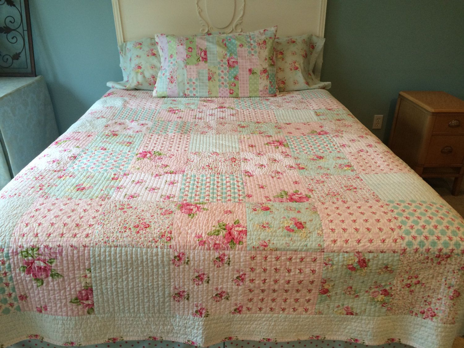 Patchwork bed sheets patterns - Shabby Chic Quilt Tanya Whelan Quilt Floral Patchwork Quilt Shabby Chic Bed Quilt