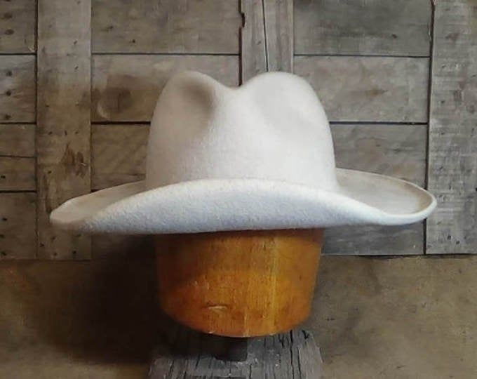 Historic Buckaroo Custom Cowboy Hat Etsy In 2021 Cowboy Hats Custom Cowboy Hats Felt Cowboy Hats