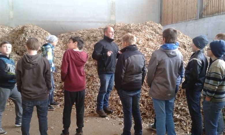 Abfallholz sinnvoll verwendet - Cham - Mittelbayerische