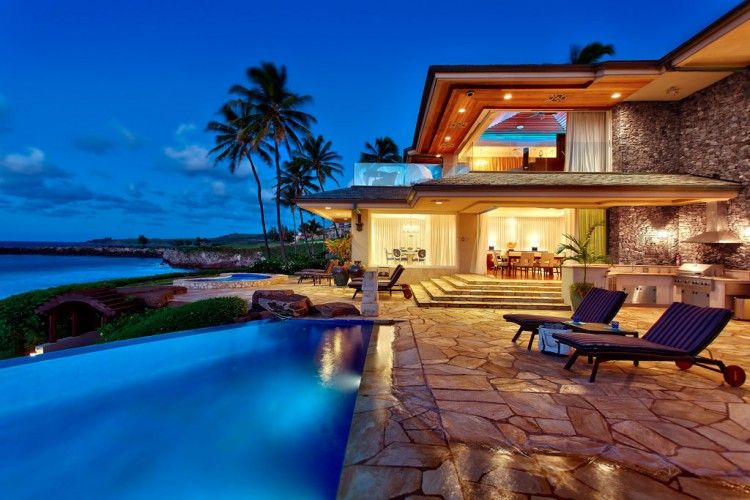 Jewel of Maui, designers Steven Cordrey with home-owner Christian Lassen  #seaside #beach #homes