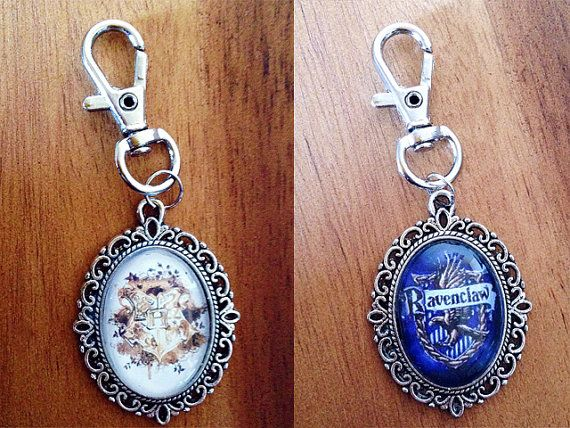 Harry Potter House Crest or Ravenclaw Crest Key Ring 18x25mm - Harry Potter Key Ring - Ravenclaw Keyring Hogwarts Keychain -House Crest