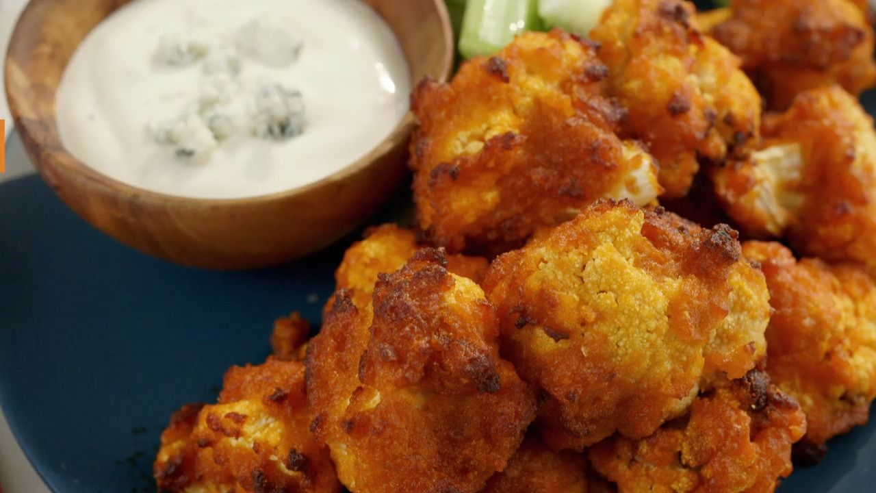 Air Fryer Buffalo Cauliflower in 2020 (With images