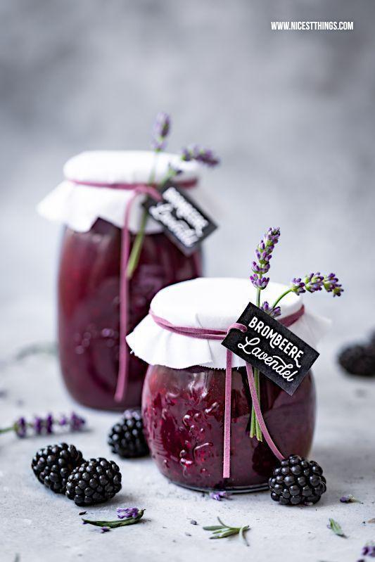 Brombeer Lavendel Marmelade: Konfitüre mit Brombeeren und Lavendelblüten als Geschenkidee - Nicest Things #creativegifts