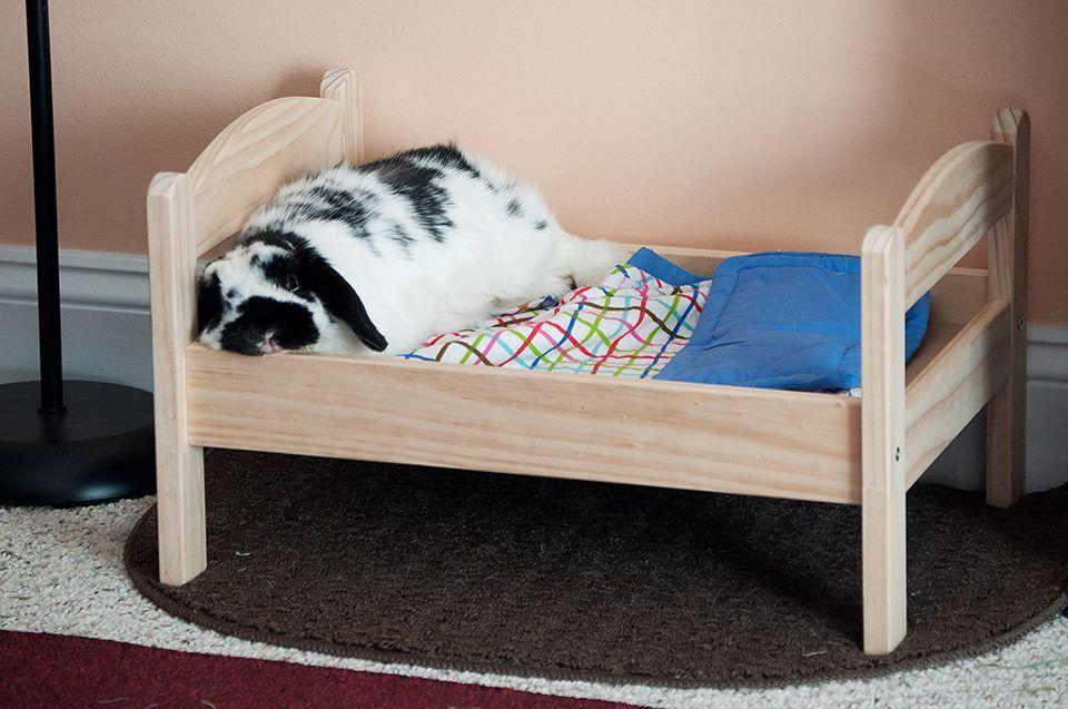 ikea duktig pine bed with bedlinen bunny approved. Black Bedroom Furniture Sets. Home Design Ideas