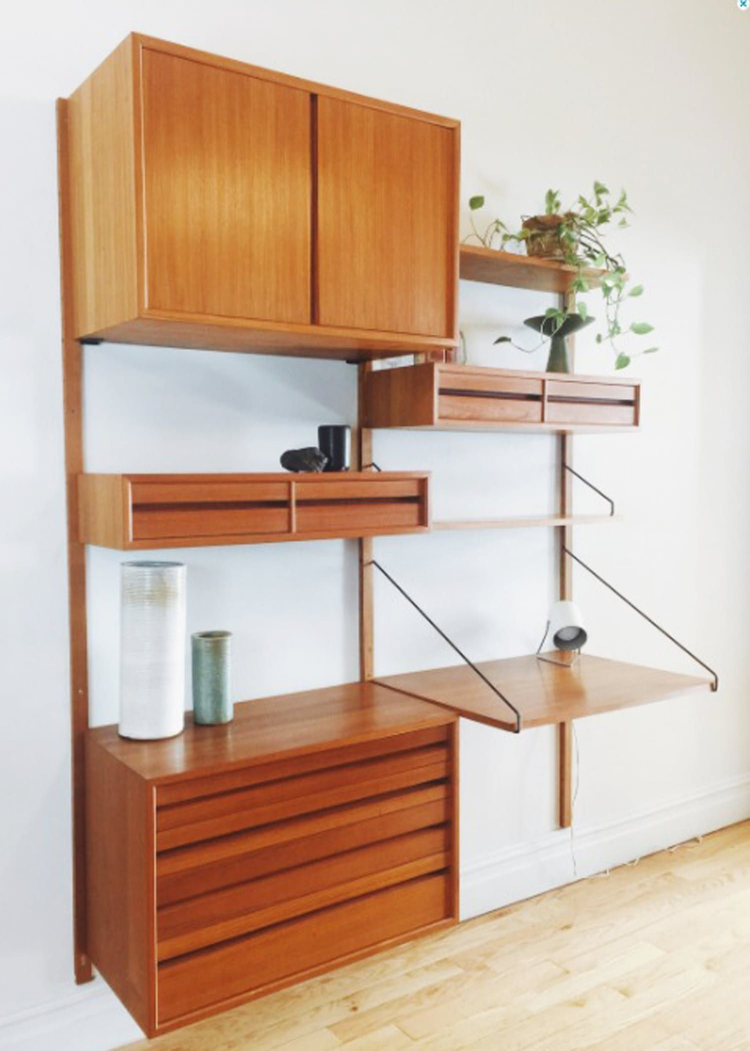 Vintage Mid Century Wall Units for Every Bud
