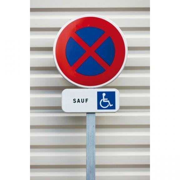 kit panneau arret et stationnement interdit sauf pmr panneau de signal tique stationnement. Black Bedroom Furniture Sets. Home Design Ideas