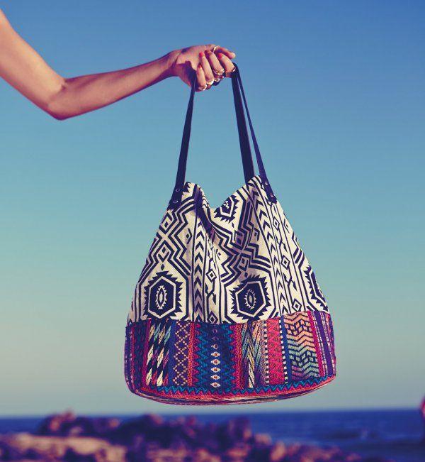 25 sacs de plage pour cet t sac de plage cet t et plage. Black Bedroom Furniture Sets. Home Design Ideas
