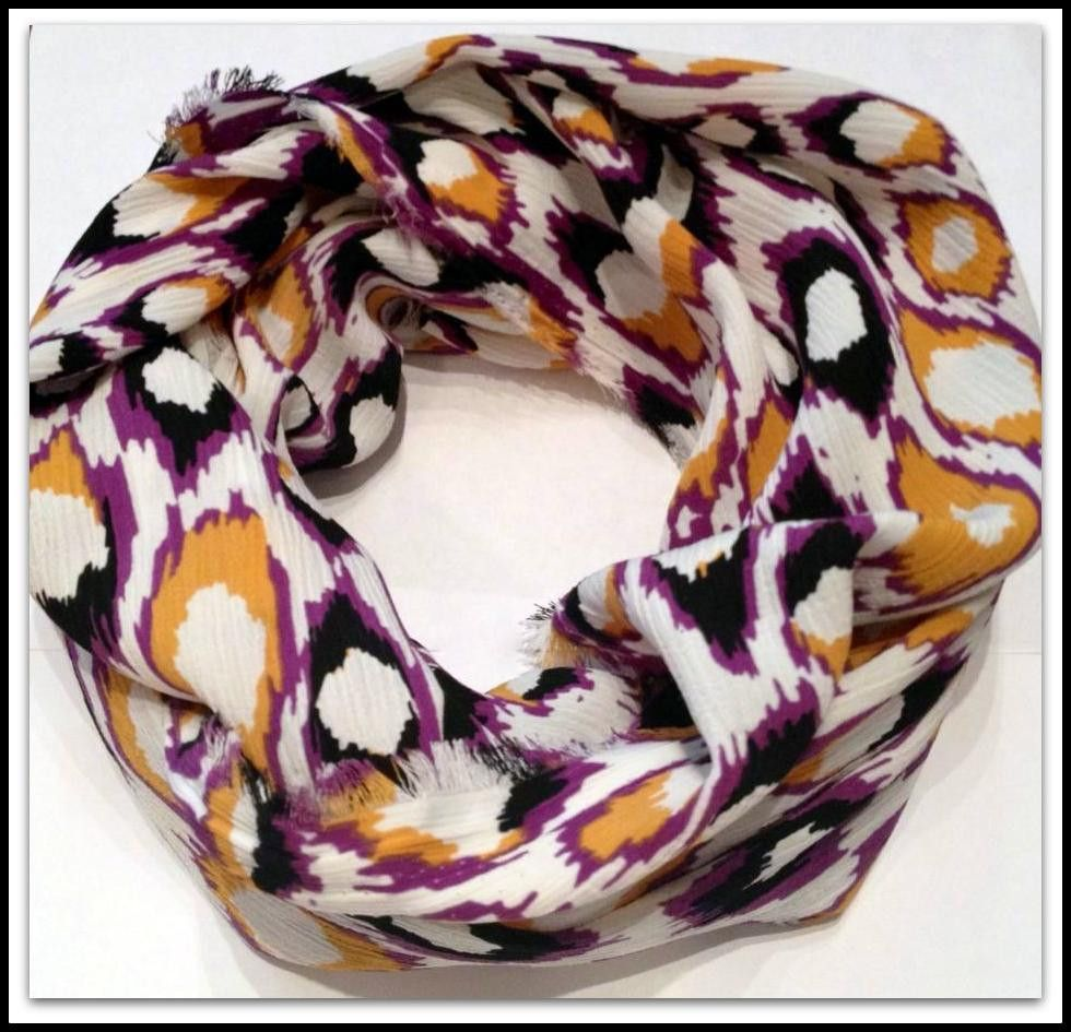 LSU infinity scarf! $15.99 at hootsdesigns.com----would be FINE on a solid black top!