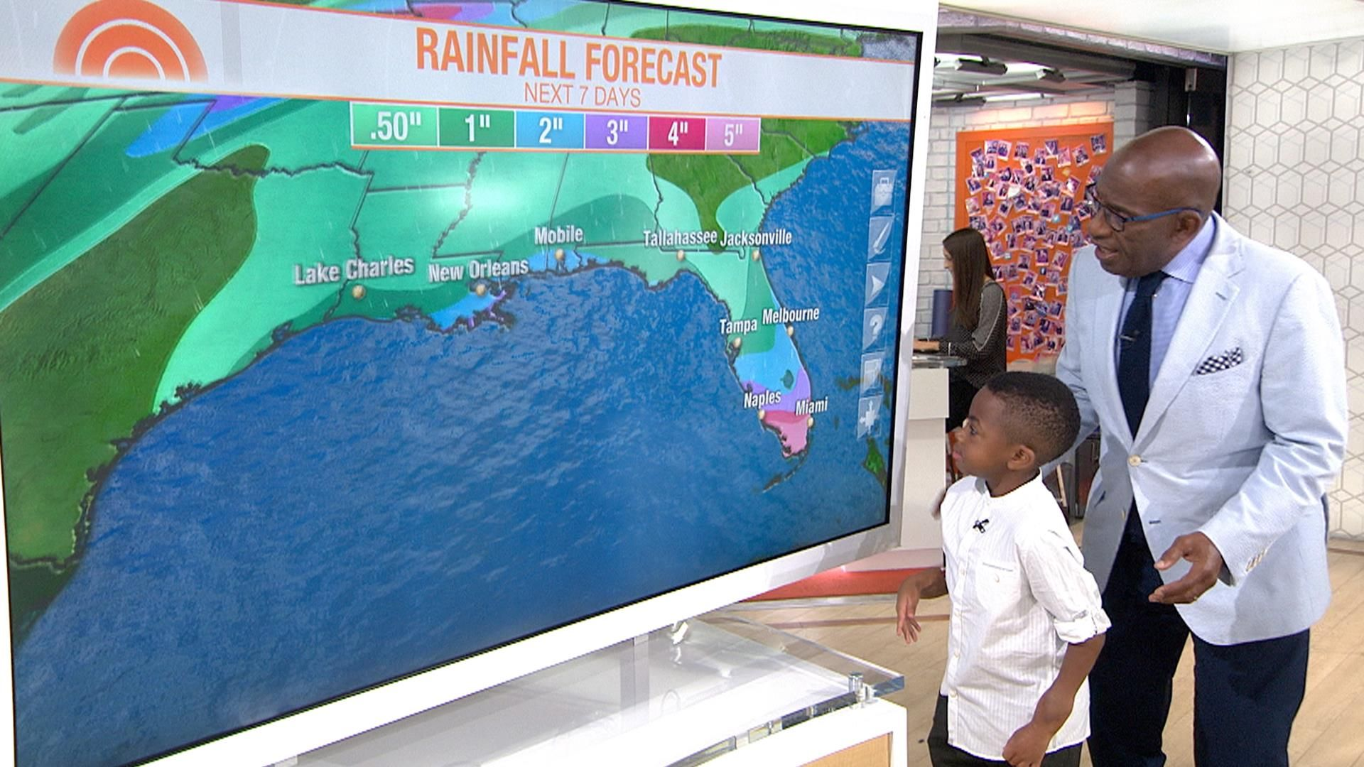 Watch Zion Harvey use his new hands to help Al Roker with