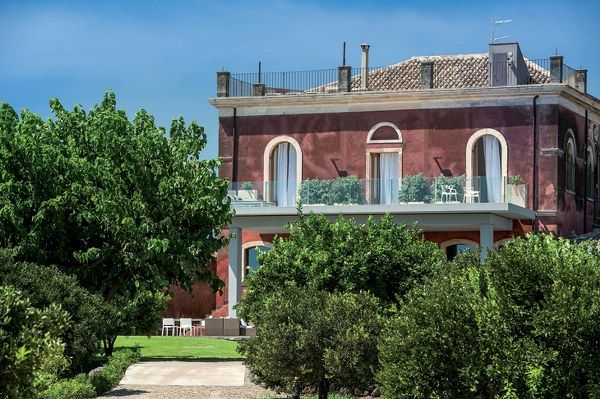 modern country boutique hotel Zash by Antonio Iraci in Italy