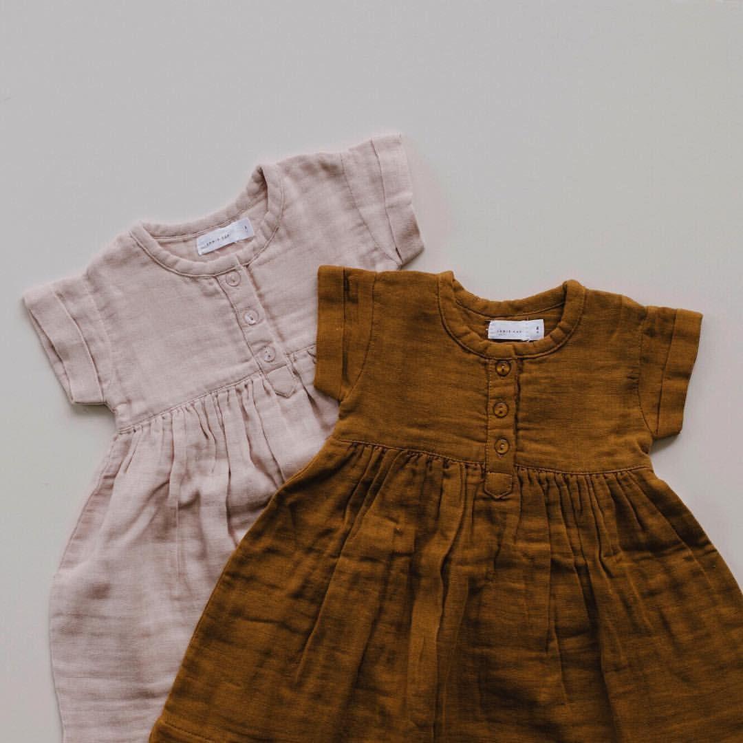 81c30725d6643 671 vind-ik-leuks, 56 reacties - jamie kay (@jamiekaystore) op Instagram:  'Rose smoke & golden short sleeve muslin dresses. Jamie Kay online  exclusive 8pm ...