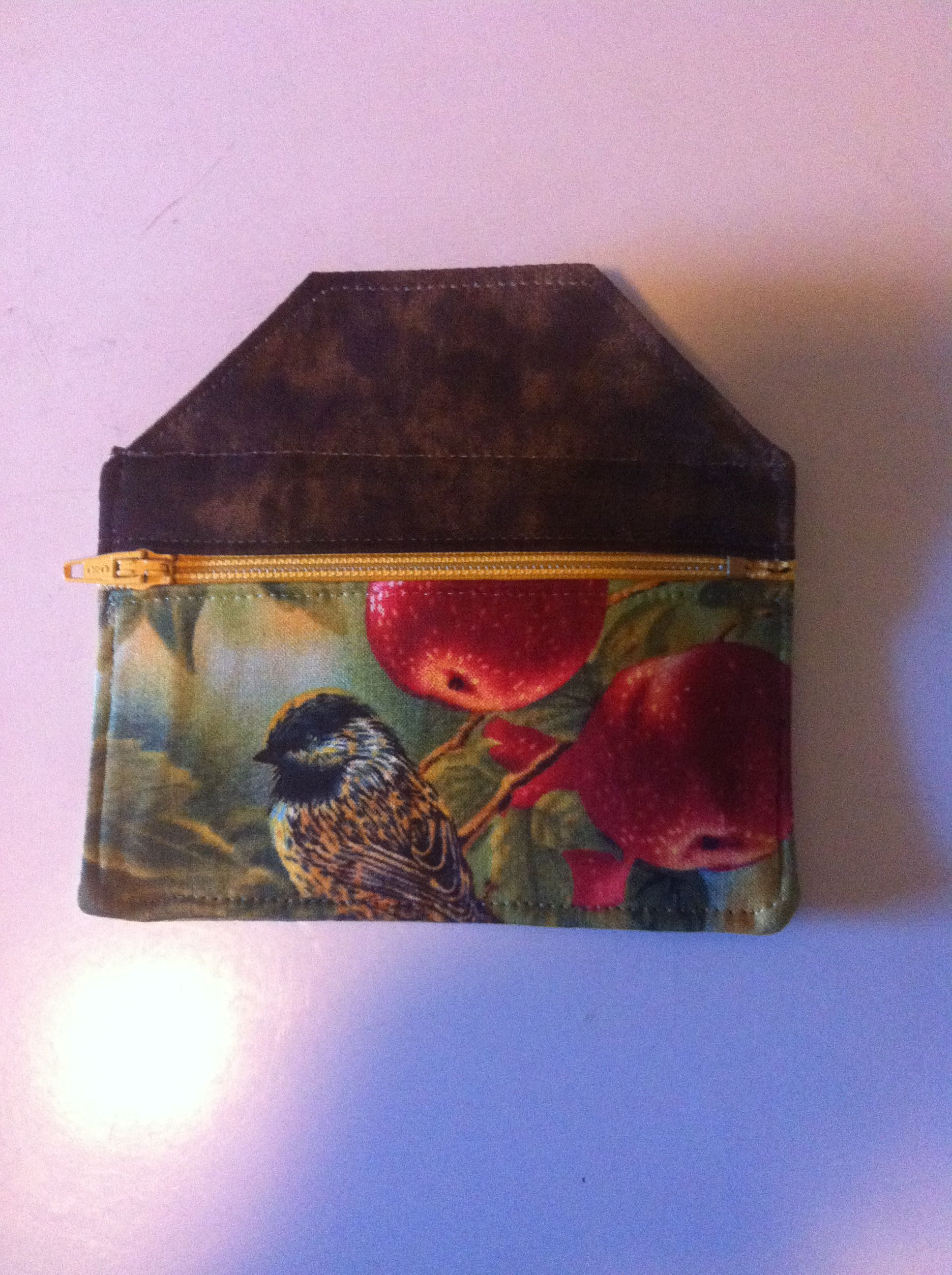 Coin purse- bird house