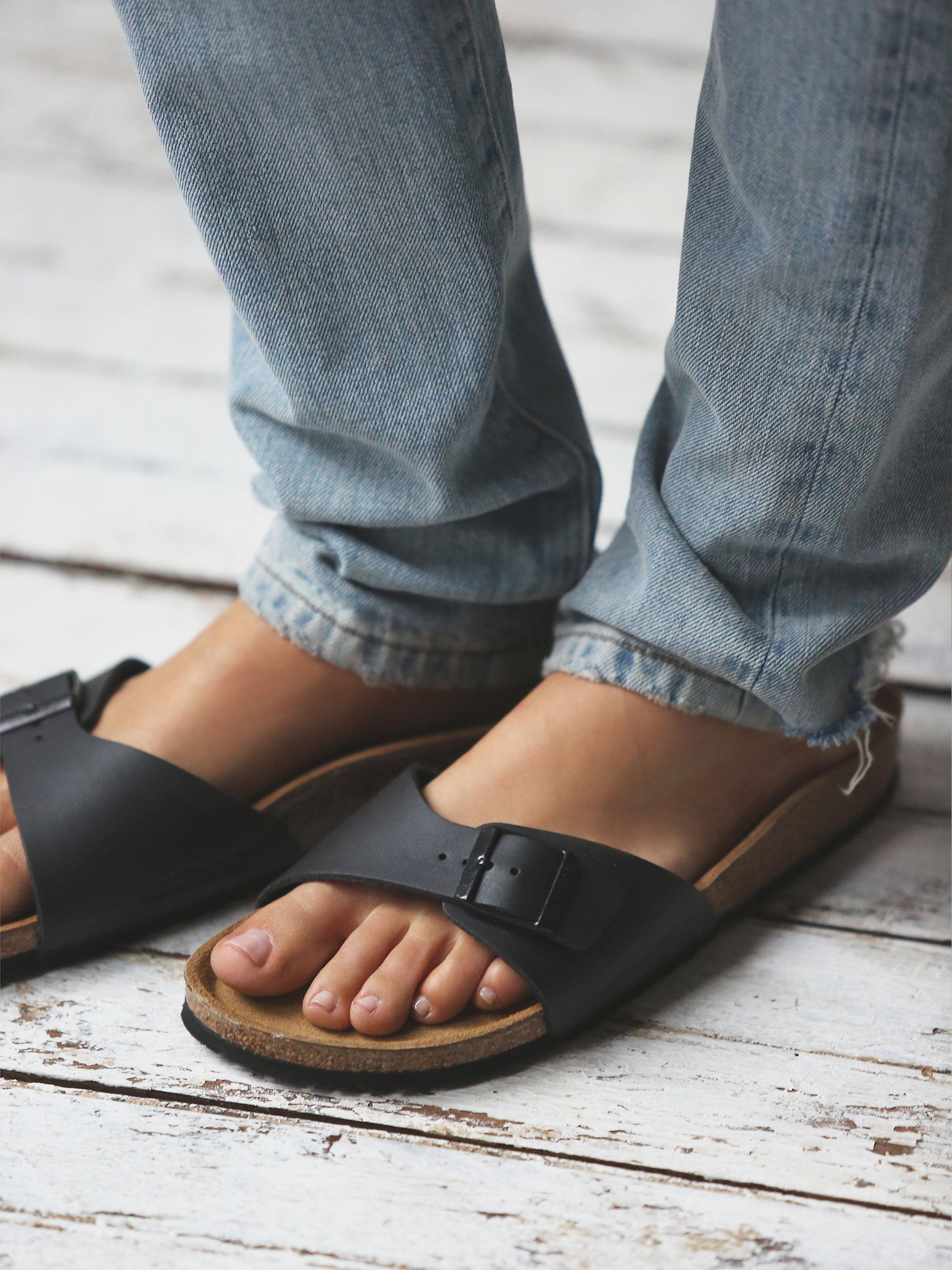 56456efcf9551d Jeans with Birkenstock Madrid Sandals