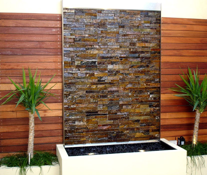 Attrayant Water Wall Decor Wonderful Wall Decoration Of Glass Shayna Body .