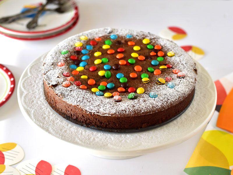 עוגת שוקולד מהירה ומדהימה שתהפוך לעוגת השוקולד הקבועה שלכם. מתכון של רות אופק מהבלוג שמח במטבח