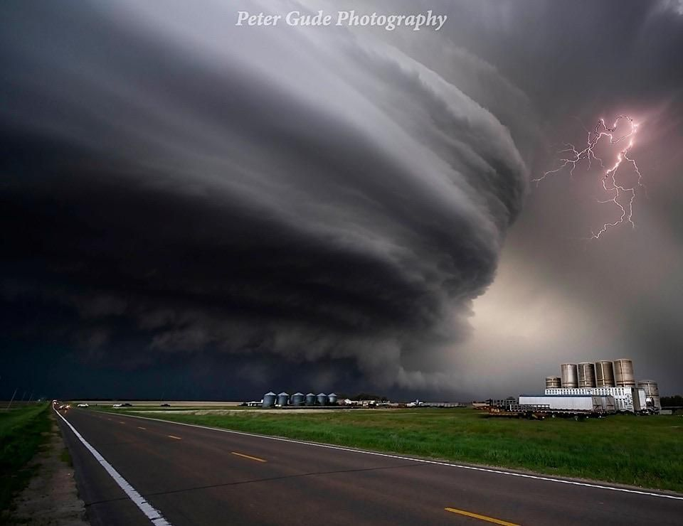 ITAP of a supercell thunderstorm in Nebraska last year  by Drpetje . . . . #photos #amazingworld #world #amazingphotography   The Effective Pictures We Offer You About Nebraska poster   A quality picture can tell you many things. You can find the most beautiful pictures that can be presented to you about  Nebraska canvas  in this account. When you look at our dashboard, there are the most liked images with the highest number of 975. This pict... #Nebraska Crafts #Nebraska Girl #Nebraska Zoo