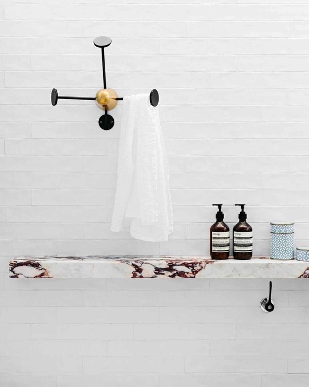 Gubi mategot coat rack home bathrooms pinterest - Interieur eclectique maison citiadine arent pyke ...