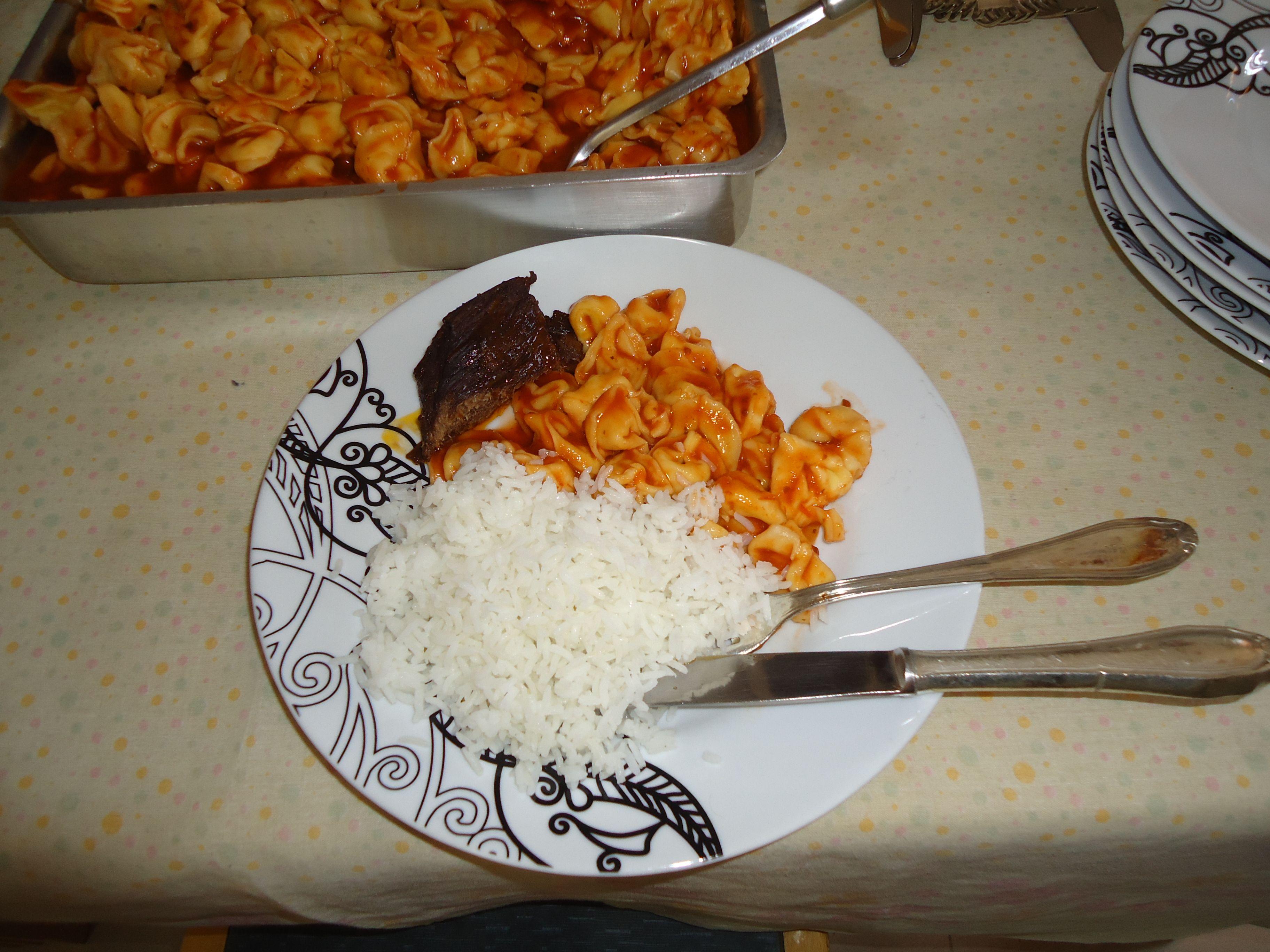 meat noodle and rice for dinner