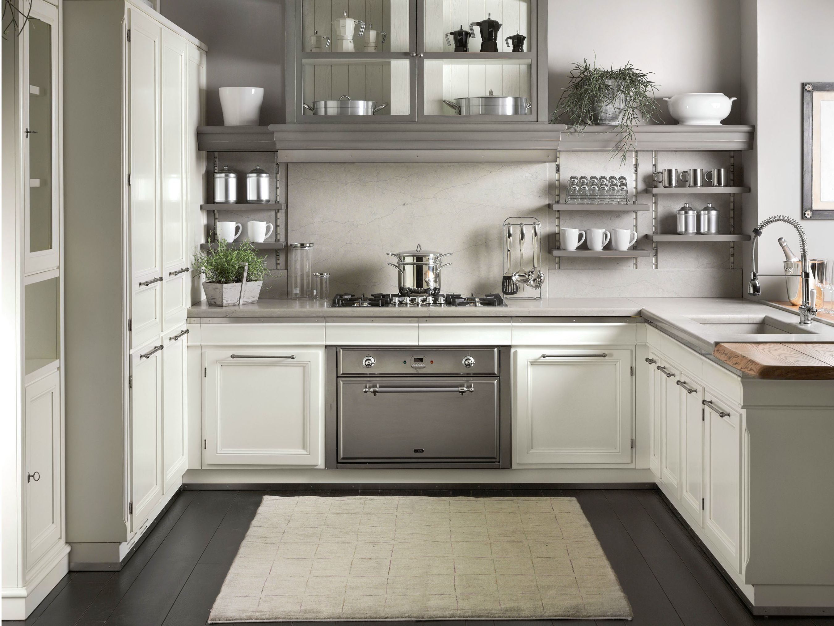 Lacquered kitchen with peninsula LIVING LIGHT By L\'Ottocento ...