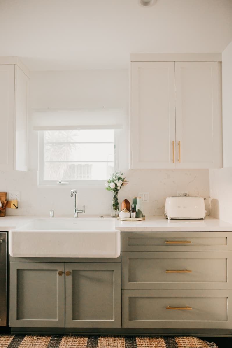 This Entrepreneur Used Wallpaper And Tile To Create Cultivate Her Dream Home In 2020 Interior Design Kitchen Kitchen Remodel Modern Kitchen