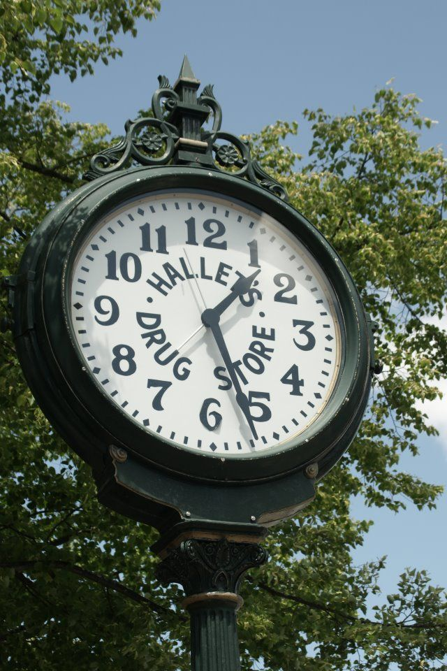 Hallets' Clock, Bath, Maine - taken by Troy Cunningham ...