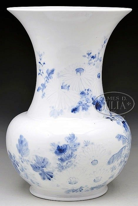 """LARGE HIRADO PORCELAIN VASE. 19th century, Japan. Underglaze blue decoration of flowers. SIZE: 15"""" h. PROVENANCE: From a private New York State collection"""