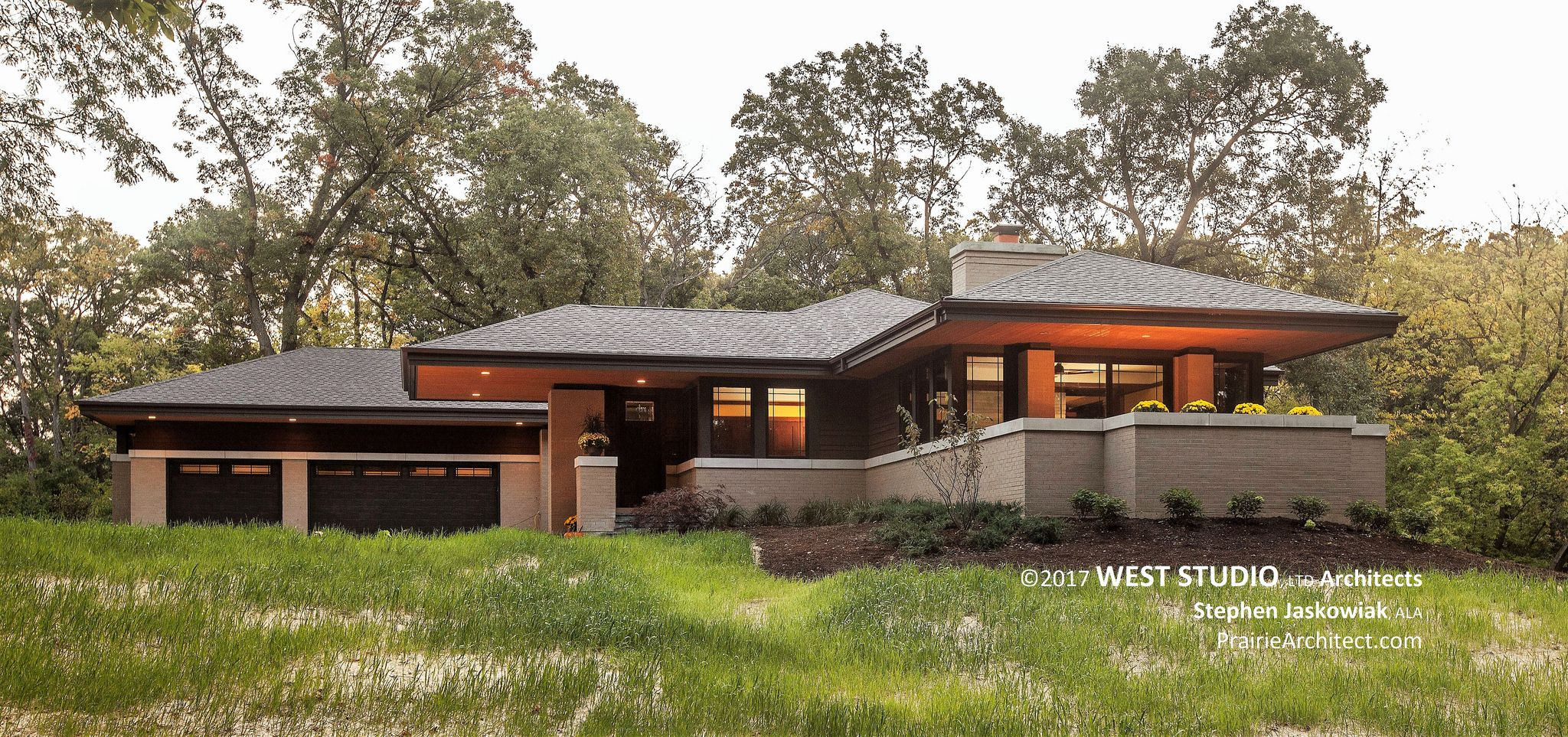 prairie style ranch homes hillside house a modern prairie style home in 2020 prairie style houses prairie style 9664
