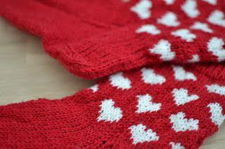 Sydänsukat. Satunnaisesti puikoilla - käsityöblogi. #neulonta