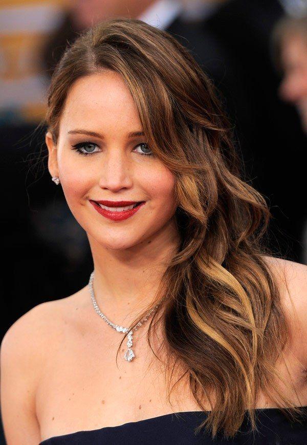Jennifer Lawrence Amanda Seyfried More Sag Awards Side Waves Jennifer Lawrence Hair Hair Jennifer Lawrence Brunette