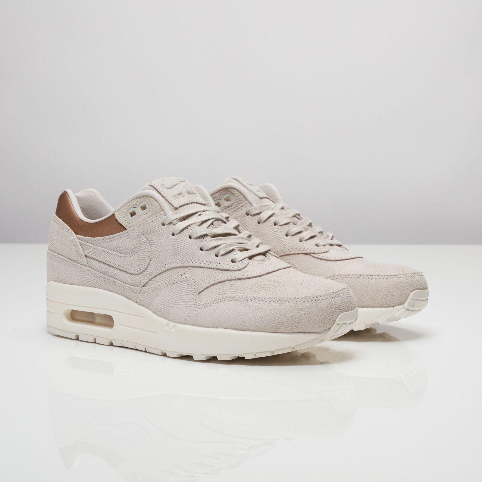 118e123d64 Nike Wmns Air Max 1 Premium | AUTUMN | Nike, Nike running shoes ...