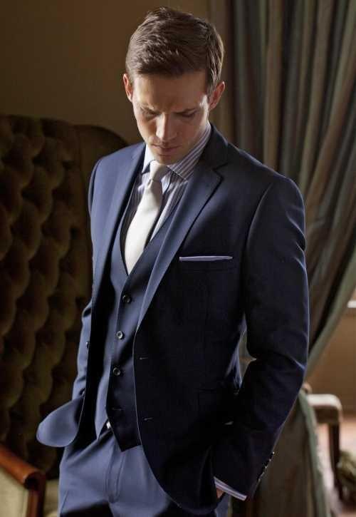 e25cdb55474 Two Buttons Groom Tuxedos Notch Lapel Groomsmen Men Wedding Tuxedos Dinner  Prom Suits (Jacket+Pants+Vest+Tie)