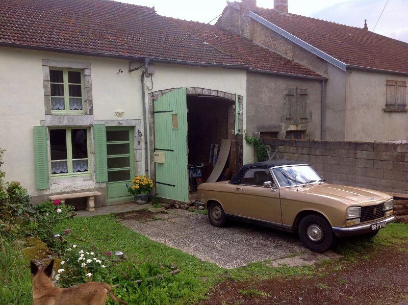frontview Marcilly en Bassigny 2014 Huis en tuin en Tuin