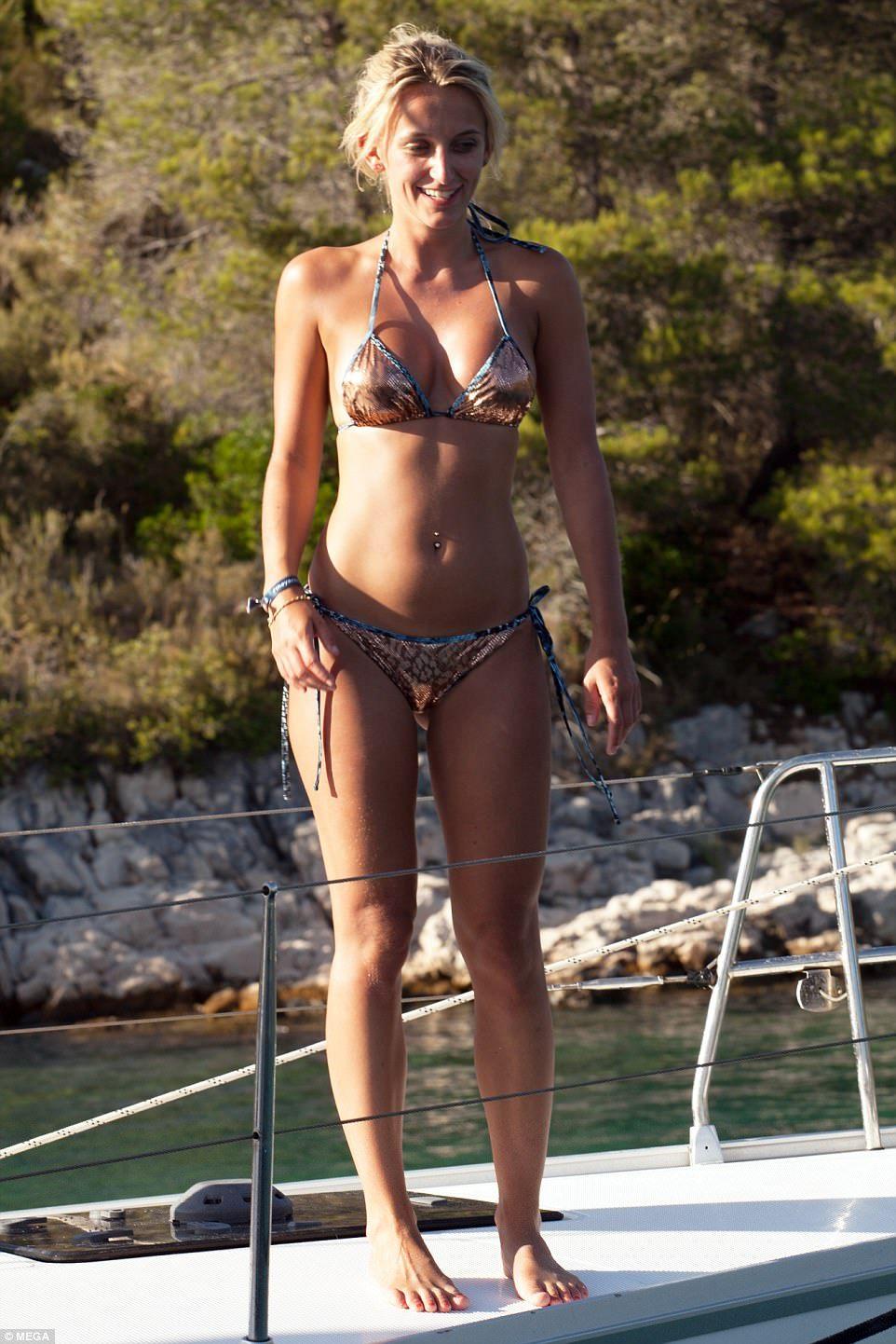 Bikini Tiffany Watson nude (62 photos), Topless, Cleavage, Twitter, butt 2018