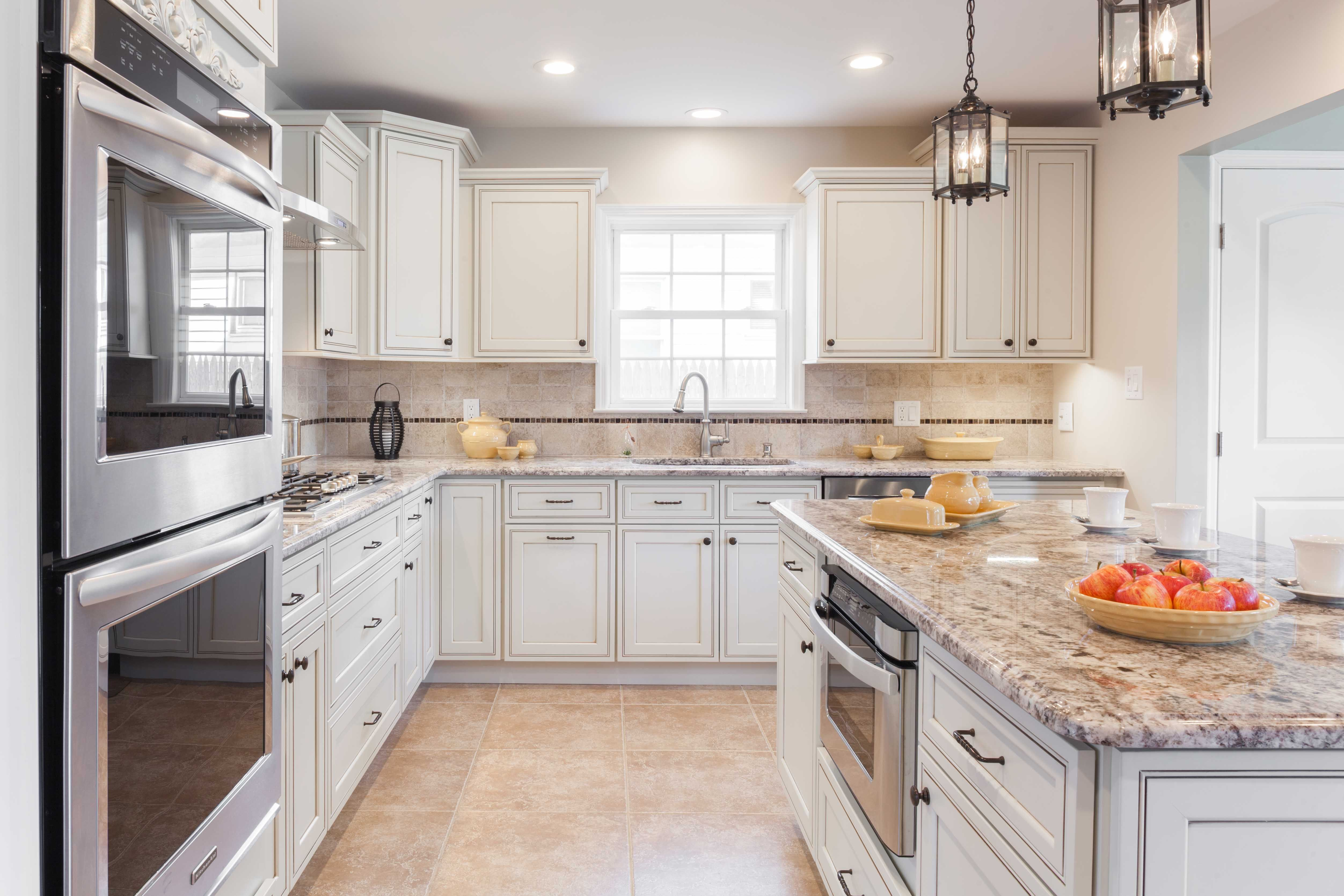 Home Cabinet Westbury H9 Style Pearl Glazed Maple Kitchen