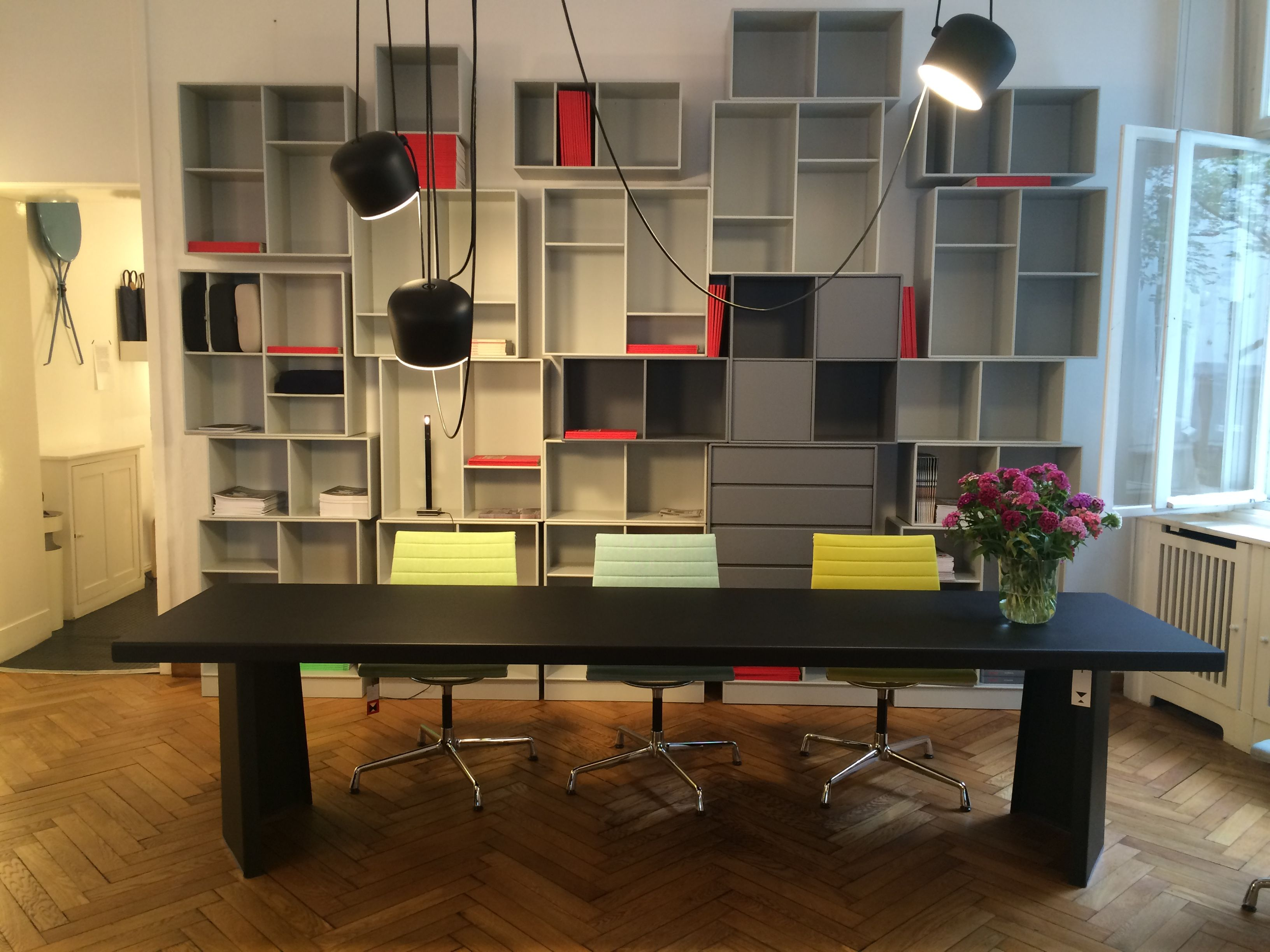 official classicon partner modus in berlin pallas table by konstantin grcic for classicon. Black Bedroom Furniture Sets. Home Design Ideas