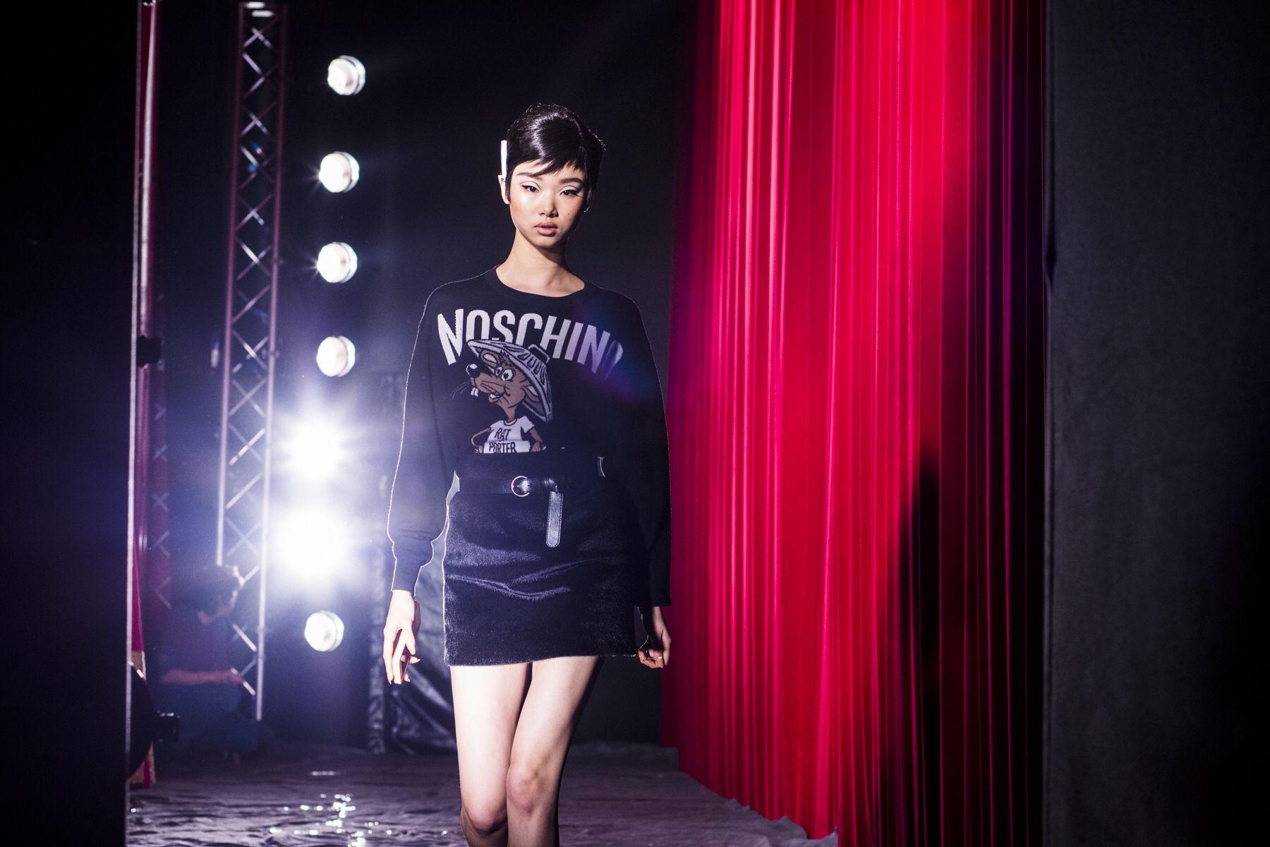 Backstage Moschino, Milan Fashion Week, FALL 2017