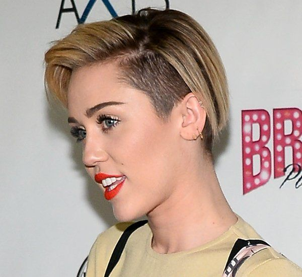 Pictures 10 Best Celebrity Undercut Hairstyles Miley Cyrus Undercut Hairstyle Undercut Hairstyles Hairstyle Hair Styles
