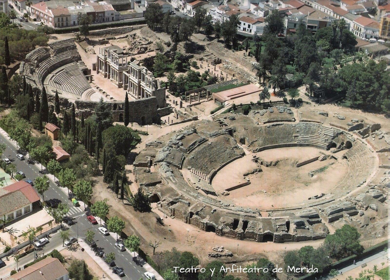 Resultado de imagen de anfiteatro de merida