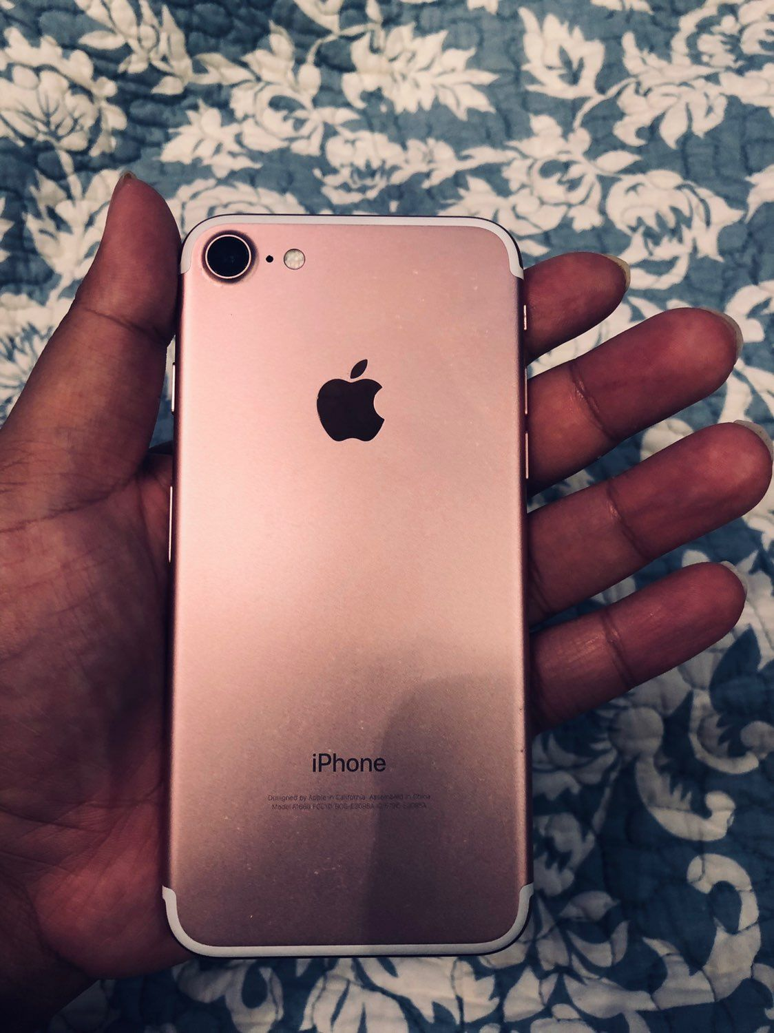 I Am Selling An Iphone 7 Rose Gold In Fairly Good Condition Clean Imei Clean Esn Find My Iphone Is Off And There Is No I Iphone Iphone 7 Iphone 7 Rose Gold