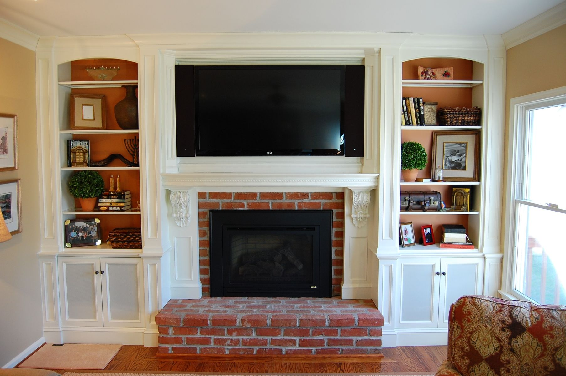 Tv over fireplace ideas custom over mantel tv cabinetry for Tv over fireplace