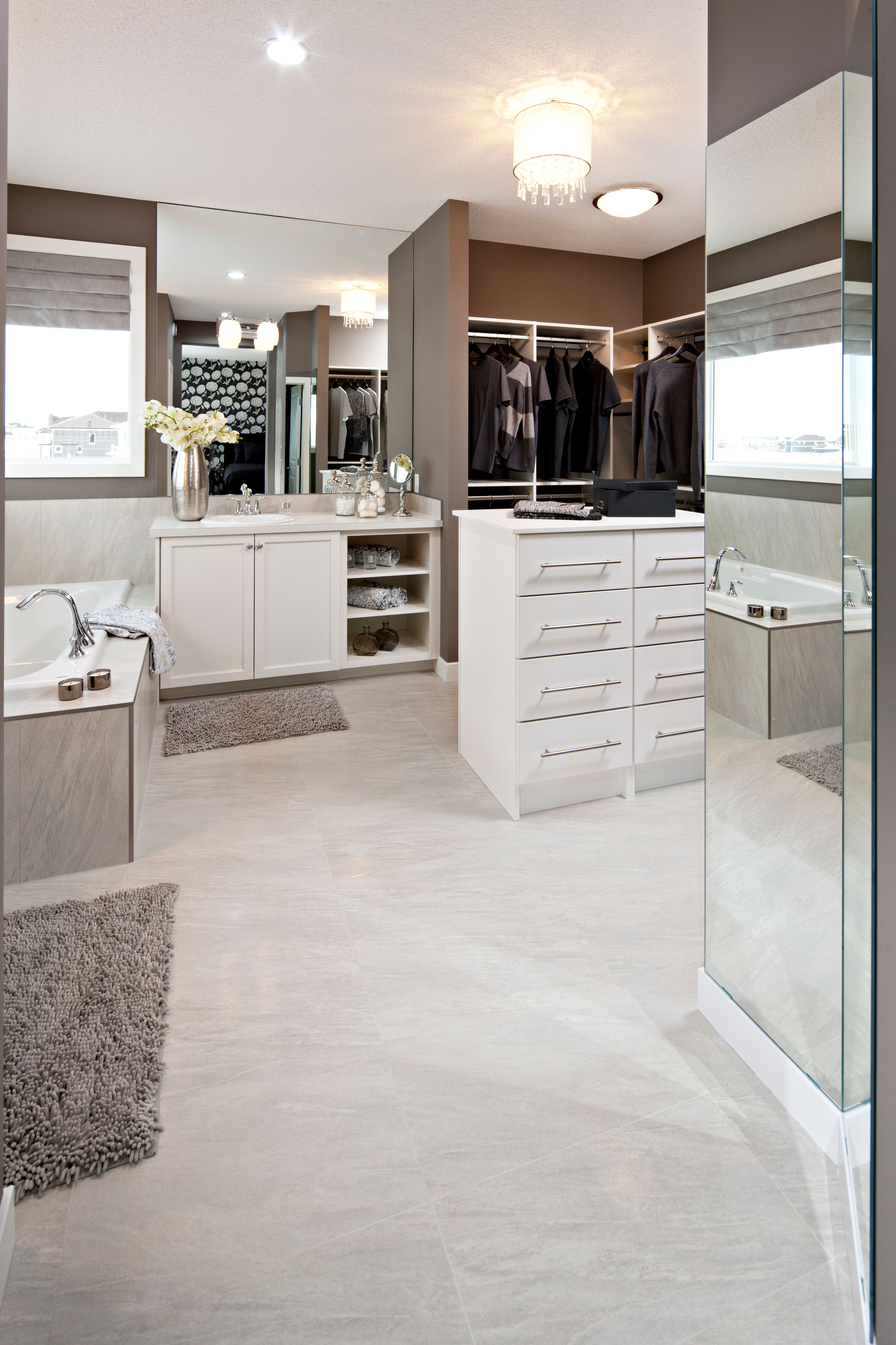 Closet and bathroom combined. Great use of space! | Bathroom ...