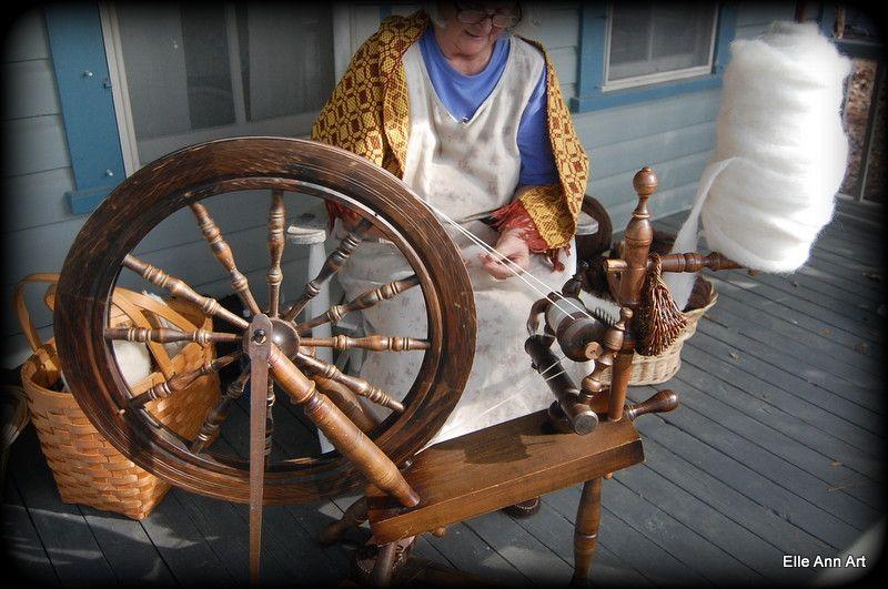 Spinning https://www.facebook.com/Elle.Ann.Art