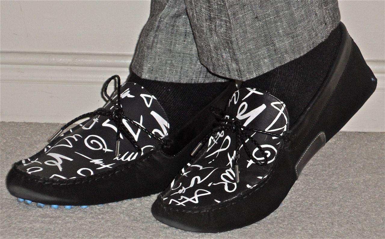 All Black & White - right down to the Fluevog loafers… #menstyle #menswear #menscouture #mensfashion #instafashion #fashion #hautecouture #sartorial #sprezzatura #style #dapper #dapperstyle #pocketsquare