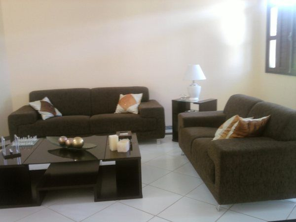 Sala De Tv Com Sofa Marrom ~ ideia de decoracao para sofá marrom de couro  Pesquisa Google