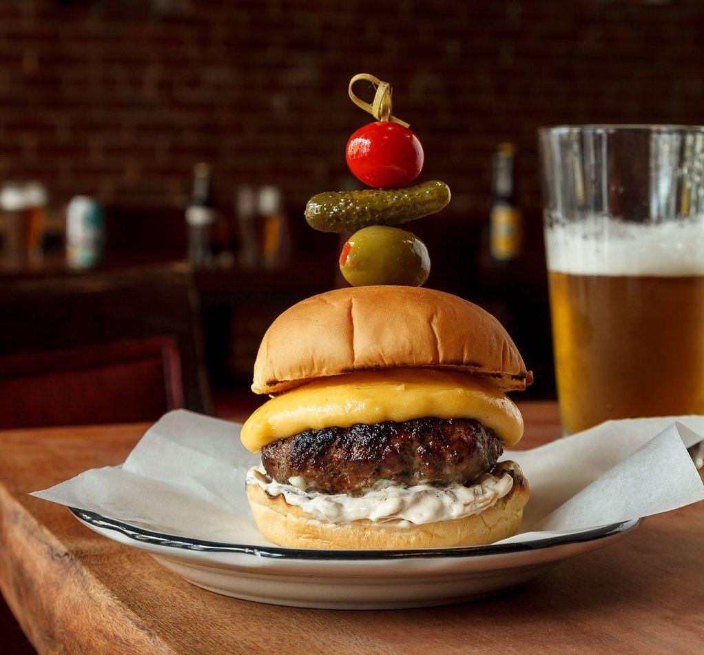 e's bar burger