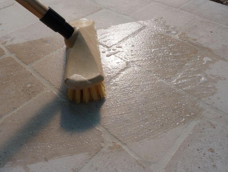 entretien carreaux ciment anciens, cirer, hydrofuger, nettoyer