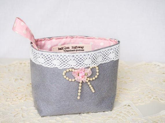 French Cottage Hanging Storage Felt Basket Handmade Lace Rose Pearls Shabby Chic Multipurpose Organizer Storage Container Home Decor