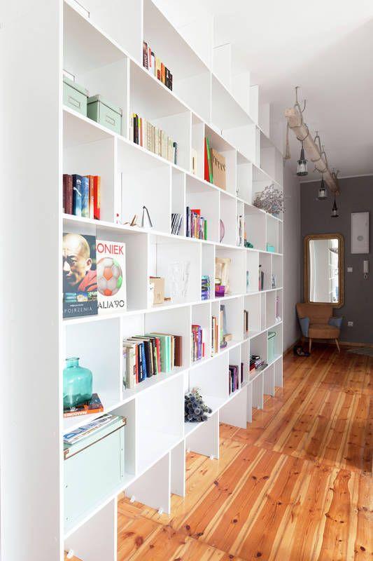 Regal W Przedpokoju Interior Bookcase Home Decor