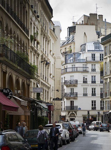 Restaurant Rue Richer Paris